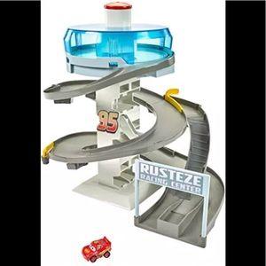 Disney Pixar Cars Mini Racers Rust-Eze Raceway
